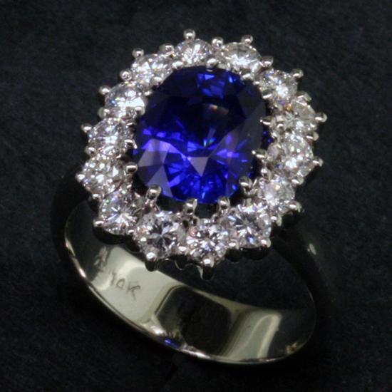 Royal Ring by Mardon