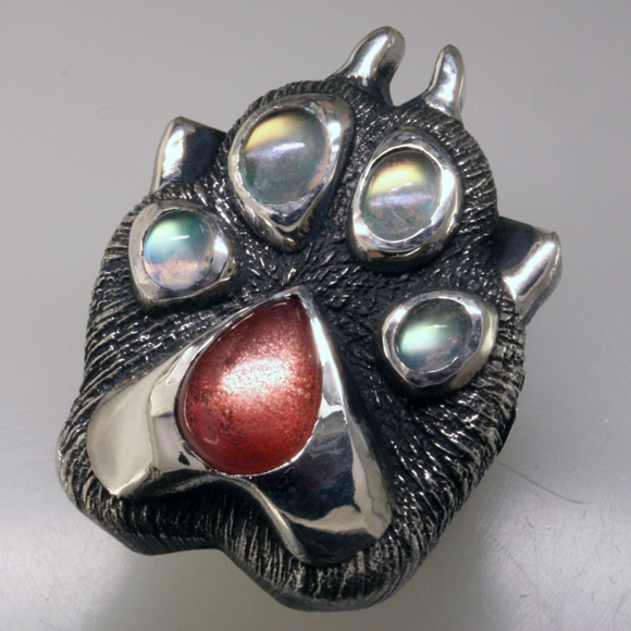 Wolf Paw ring