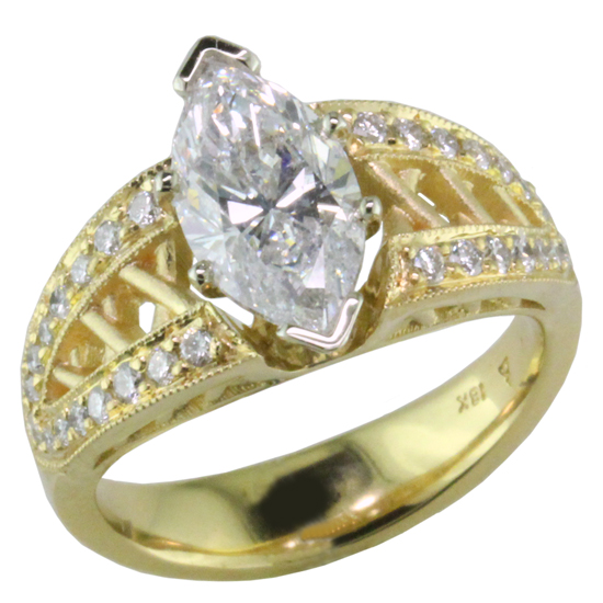 18ky Marquise Diamond Ring